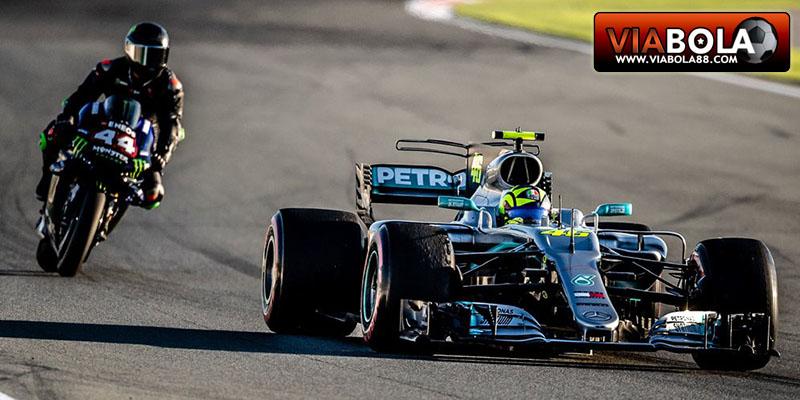 Lewis Hamilton: MotoGP Seperti Roket Dan Sulit Dikendarai